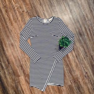 LONGSLEEVE MINI DRESS